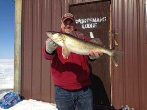 Nice catch Jim Fuschetto!  25 inch walleye, released.